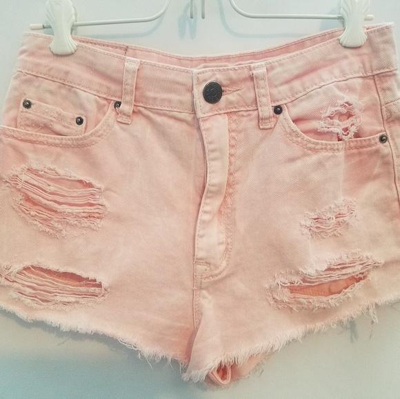 BDG Pants - Distressed shorts